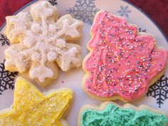This buttercream frosting that firms up a bit was perfect for my christmas cutouts.