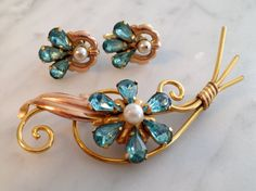 Van Dell Brooch and Earrings Set Jewelry Set by VintageRedTruck