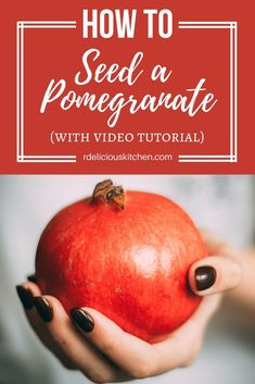 How to: Seed a Pomegranate via RDelicious Kitchen @RD_Kitchen #pomegranate #howto #antioxidants #healthy #culinary #cooking #cookingtip