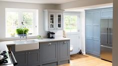 Shaker Kitchens, The Shaker Kitchen Company, Shaker Style Kitchens Shaker Kitchen Company, Grey Shaker Kitchen, Shaker Style Kitchens, Cool Kitchens, Kitchen Paint, Kitchen Dining, Kitchen Cabinets, Kitchen Layout, Kitchen Colors