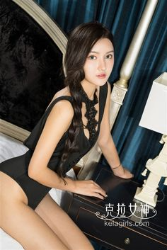 Luna-野性召唤 性感的唇高叉下的翘臀 [24P]_cover