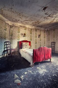 """bedroom decay...makes me think of """"The Yellow Wallpaper"""""""