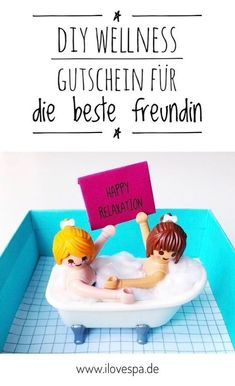 Wellness Gutschein basteln für Freundin Here you will find the most beautiful DIY Wellness Coupon Ideas for the best friend – perfect for those who want to create and give away a wellness voucher Diy Gifts For Girlfriend, Diy Gifts For Friends, Gifts For Coworkers, Gifts For Husband, Gifts For Boys, Best Friends, Find Friends, C'est Bon, Diy Christmas Gifts