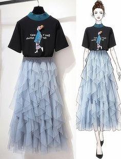 Bản Phác Hoạ draft - SeoulSugar Fashion Drawing Dresses, Fashion Illustration Dresses, Fashion Dresses, Dress Design Sketches, Fashion Design Sketches, Cute Casual Outfits, Pretty Outfits, Cute Fashion, Girl Fashion