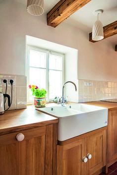 Chalupa s mlynářskou historií Traditional House, Kitchens, Home Decor, Design, Bending, Decoration Home, Room Decor, Kitchen, Cuisine