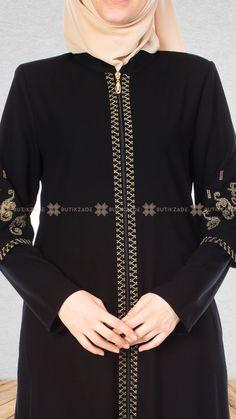 Black Abaya, Modele Hijab, Islamic Fashion, Abaya Fashion, Sewing For Beginners, Kimono, Satin, Elegant, Stylish