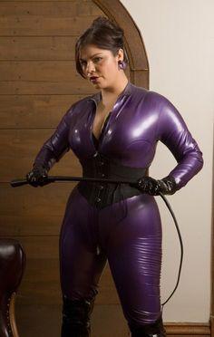 Purple Whipper. Lavender Lasher. Violet Whipstriss. Purple Catwoman. #Purple #Lavender #Lasher #Whip #Queen #Catwoman #Cat #Woman #OZone