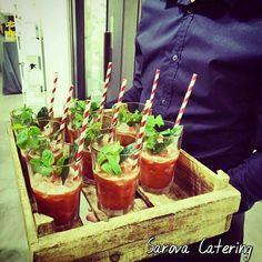 Cocktail de bienvenida a los asistentes de una inauguración / Welcome cocktail attendees of an event by Sarova Catering #cocktail #gastronomia #foodies #drink #events