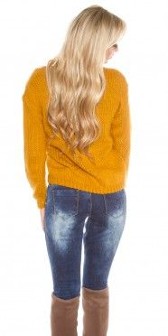 Trendy chunky knit jumper with decorative lacing