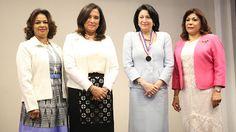 Armario de Noticias: Asociación de Mujeres Empresarias reconoce a Rosa ...