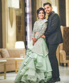 Indian Wedding Gowns, Pakistani Wedding Outfits, Indian Gowns Dresses, Indian Bridal Outfits, Indian Weddings, Indian Wedding Couple Photography, Photography Couples, Wedding Dresses For Girls, Bridal Dresses