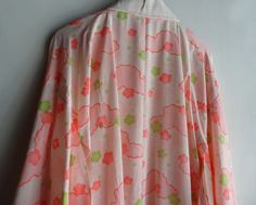 This is an under kimono, juban, made from wool muslin fabric. Soft and light weight fabric is delightful on bare skin. Theres no itchy sensation.