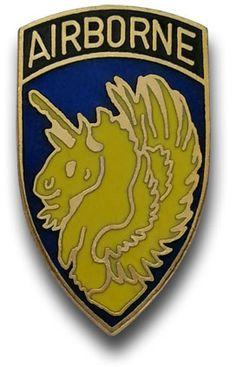 De 13e Airborne Division was een luchtlandingstroepen vorming van de divisie -grootte van het Leger van Verenigde Staten dat tijdens actief was de Tweede Wereldoorlog