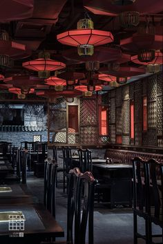 Centuries of rich culture expressed in interior design. The best chinese interiors to boost your inspiration Great decor ideas! Japanese Restaurant Design, Restaurant Interior Design, Modern Interior Design, Chinese Restaurant, Chinese Interior, Asian Interior, Buffet Restaurant, Chinese Bar, Chinese Style