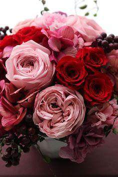 Preserved flower Pink & Red プリザーブドフラワー アレンジメント ピンク&レッド http://www.fleuriste-glycine.jp/