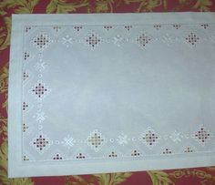 Free+Craft+Patterns+Hardanger | this is an hardanger tablerunner i stitched for a friend of mine