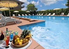 Hotel Giancarlo  #marche #hotel #albergo #vacanza #SanBenedettodelTronto http://www.marchetourismnetwork.it/?place=hotel-giancarlo#