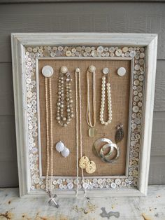 DIY: Make a Jewelry Organizer Display with Burlap, Vintage Buttons, and Frame