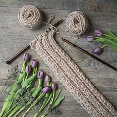 Make this Easy, Free Scarf Knitting Pattern for a Versatile, Stylish chunky Scarf. This is a great knitting project for beginners