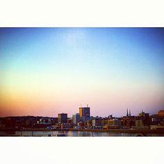 from @justinedincorn  Rise and shine   Saint John . .  #photography #travel #explore #travelgram #eastcoast #wanderlust #Adventure #exploreCanada #sunset #sunsets #Canada #NewBrunswick #citylife #cityscape #50mm #naturelovers #justgoshoot #letsgosomewhere #nature_perfection #discovernewbrunswick #skyline #sunsetlovers #sunset_pics #SaintJohn @discoversaintjohn #loveSaintjohn #outdoors #outside #outdoorlife #scenery