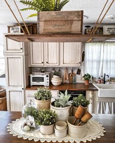 7 Must Follow Home Decor Bloggers - CityGirl Meets FarmBoy Home Kitchens, Farmhouse Kitchens, Cottage Kitchens, Painting Kitchen Cabinets, Home Office Design, Kitchen Dining, Antique Kitchen Decor, Antique Decor, Dining Rooms