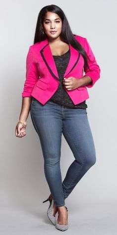 Plus Size Street Style with nice pink Blazzer