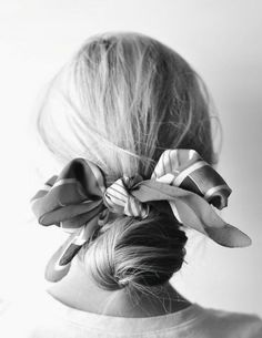 For: Hair That Has a Giant Kink in It If a giant bun is your current bad hair day go-to, give it an upgrade (and hide sleep-induced kinks) with a festive scarf. Spring Hairstyles, Scarf Hairstyles, Pretty Hairstyles, Chignon Hairstyle, Perfect Hairstyle, Bad Hair Day, Hair Inspo, Hair Inspiration, Bob Hair