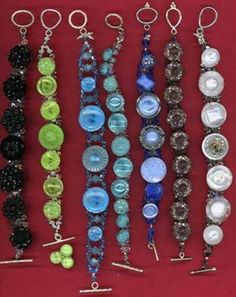 Making grand button bracelets from Button Button Onie on FACEBOOK.