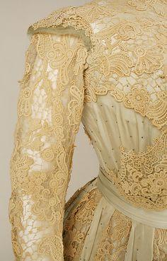 Dress Date: 1902–3 Culture: American Medium: silk. Detail