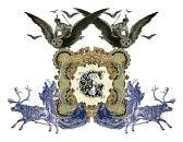 letra carta anciano a : Lujosamente ilustrada antigua capital letra G con dos chica volando a la lechuza dos y dos de cazador.  Foto de archivo