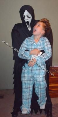 baby illusion costumes | Optical Illusion Costume 13. Like this idea for Fantasy Fest this year...would be even funnier/more offensive if we used an old priest instead of the scream guy.