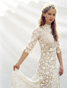 Jennifer Lawrence upstages the bride on Martha Stewart Weddings cover!