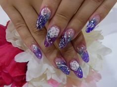 Recommended for coming-of-age ceremony! It introduces a different color nail design perfect for long-sleeved kimono | Gyazari