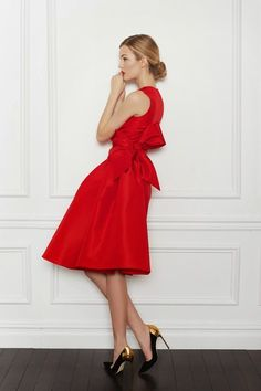 The Ivy Handbook: JINGLE BELLES! CHRISTMAS COCKTAIL ATTIRE FOR ALL THE SINGLE LADIES
