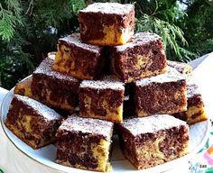 Ez tényleg nagyon fincsi süti, sokszor készítem magam is Crockpot Recipes, Cooking Recipes, Waffle Iron, Looks Yummy, Winter Food, Cake Cookies, Banana Bread, Cake Recipes, Food And Drink