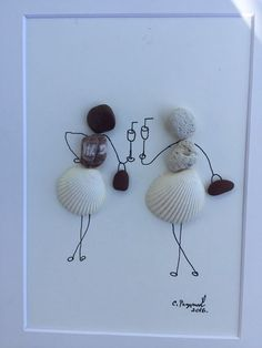 The image is made of beautiful sea rocks and shells. Displays two elegant girlfriends having fun and joy. Shows friends, two girls in a merry gathering. The painting is unique and original. A delightf (Diy Gifts For Girls) - Gift Ideas For Girl Friend Stone Crafts, Rock Crafts, Arts And Crafts, Seashell Crafts, Beach Crafts, Gifts For Girls, Gifts For Friends, Art Pierre, Pebble Pictures