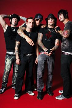 Avenged Sevenfold Photos | Pictures of Avenged Sevenfold | MTV