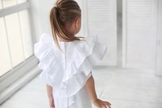 The hair! B Fashion, Kids Fashion, Little Girl Dresses, Girls Dresses, Kids Summer Dresses, Mother Daughter Fashion, Baby Kids Clothes, Stylish Kids, Toddler Fashion