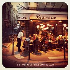 With avg temperatures around 55 degrees at night here in SF, we never get the chance to eat outdoors.  So this photo has me dreaming of eating bistro style in NYC, Paris, etc.