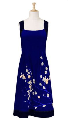 I am not crazy about the top of this dress. However, the color and the flowers are amazing.