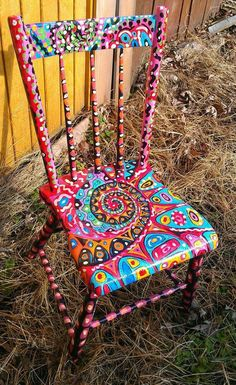 Love this hand painted chair! Hand Painted Chairs, Whimsical Painted Furniture, Hand Painted Furniture, Funky Furniture, Art Furniture, Repurposed Furniture, Furniture Makeover, Painting Furniture, Furniture Outlet