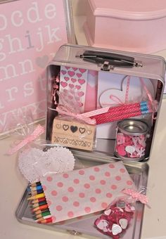 Valentine's Day craft lunch boxes