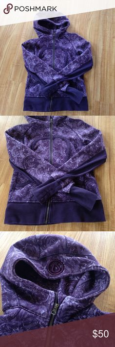 Lululemon sweater Used in good condition no stains or rips lululemon athletica Sweaters