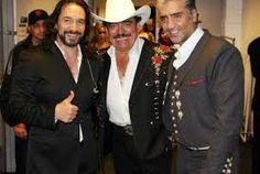 Resultado de imagen para escuchar canciones de marco antonio solis Marco Antonio Solis, Cowboy Hats, Celebrities, Legends, Artists, Models, Fashion, Famous Singers, Cute Pictures