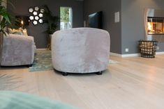 Parkettgulv Ottoman, Chair, Furniture, Home Decor, Lily, Decoration Home, Room Decor, Home Furniture, Interior Design