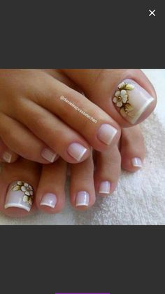 Pedicure Designs, Pedicure Nail Art, Toe Nail Designs, Toe Nail Art, Toe Nails, Acrylic Nails, Colorful Nail Designs, Beautiful Nail Designs, Pretty Toes