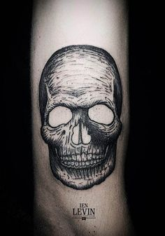 Somehow this skull appears to have a furrowed brow… grumpy even in death. Tattoo by Ien Levin Line Tattoos, Great Tattoos, Skull Tattoos, Body Art Tattoos, Sleeve Tattoos, Awesome Tattoos, Tatoos, Black And Grey Sleeve, Piercing Tattoo
