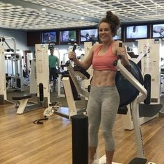 "8,737 Likes, 276 Comments - Hannah Bower (@hannahbower2) on Instagram: ""Burn abs burrrnnnnn! This series is an awesome finisher to your workouts!"""