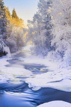 Winter river - Finland                                                                                                                                                                                 Más