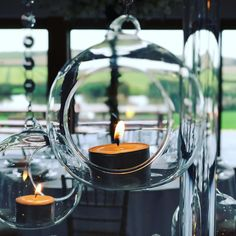 Fab #weddingideas by @onceuponatablestyling at @quantocklakesuk #weddingdecor #centrepiece #tabledecor #candles #barn #wedding #venue #somerset